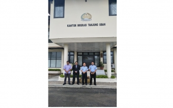 Consul General met the Head of Immigration, Tanjung Uban on 19 June 2019 and discussed the issue of the Indian crew detained on board some vessels in Tanjung Uban.