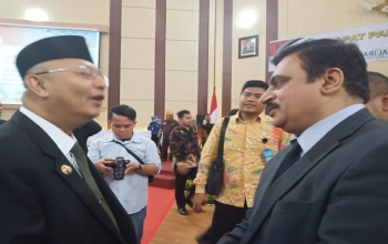 Consul General attended the Special Plenary Session of House of Representatives of Parliament of Medan to commemorate the 429th Anniversary of Medan City on 28 June.  Mayor of Medan Drs. Dzulmi Eldin MSI addressed the members of the Parliament.