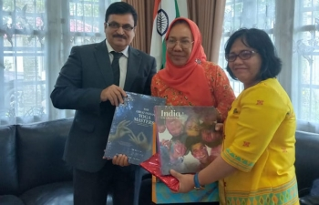 Drs Ir. Hidayati, Head of the Tourism Department, North Sumatra Region visited Consul General on 1 August to discuss possible future joint projects and a programme of cooperation.